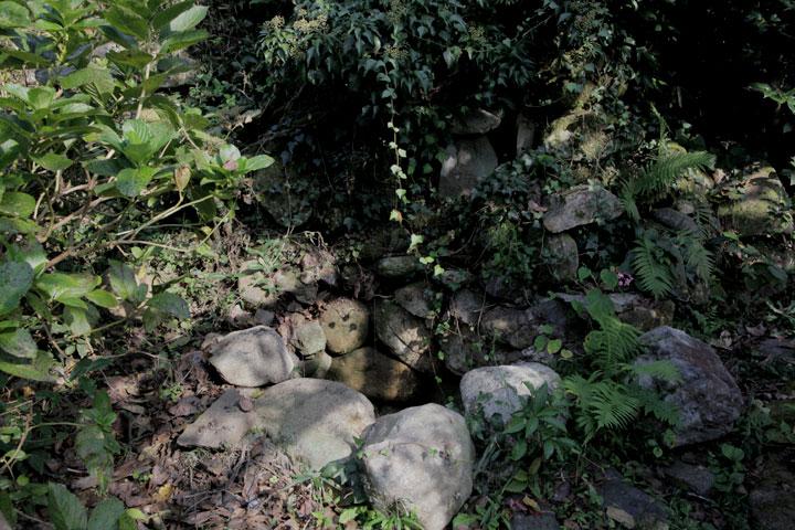 キリシタン信仰水神碑