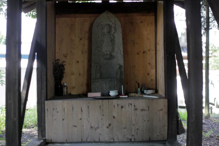 深田神社石像庚申像