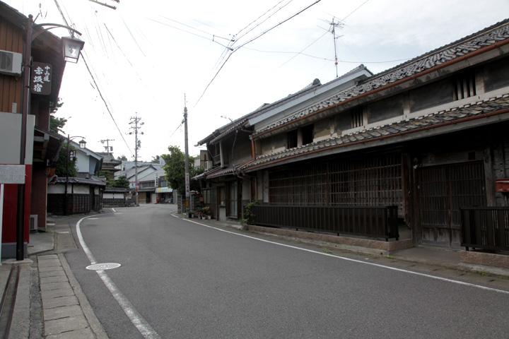 中山道と四ッ辻