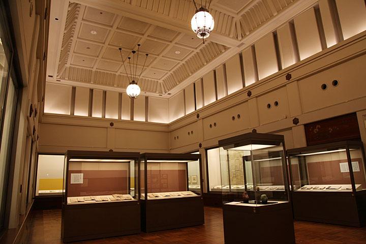 本館展示室(旧館)ー様々な企画展、特別展を開催