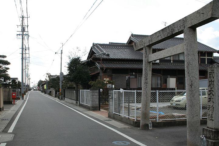 石薬師宿大木神社参道