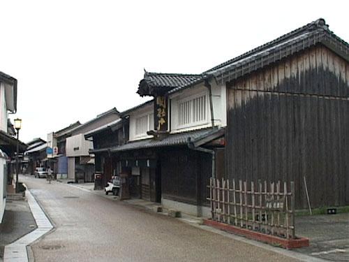 関の戸本舗 創業360年の餅菓子の老舗
