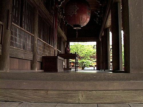 本尊 地蔵菩薩座像は、わが国最古の地蔵菩薩と言われている