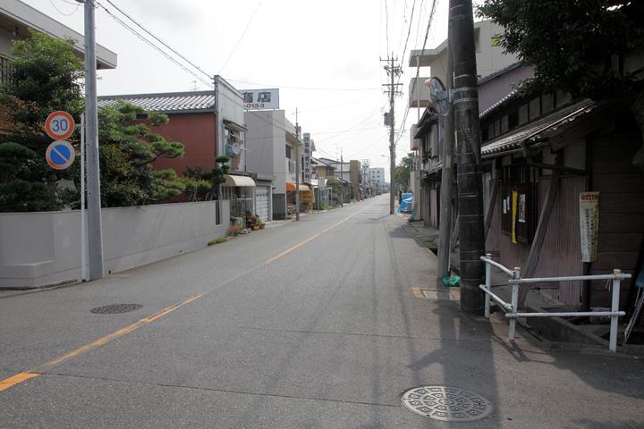 庄内川東岸の佐屋街道