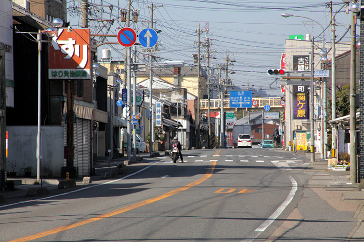 中山道・伊勢街道分岐点(関ケ原駅交差点付近)