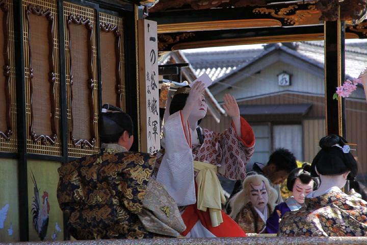 子供歌舞伎狂言「一の谷嫩軍記」鳳凰山(東町)」