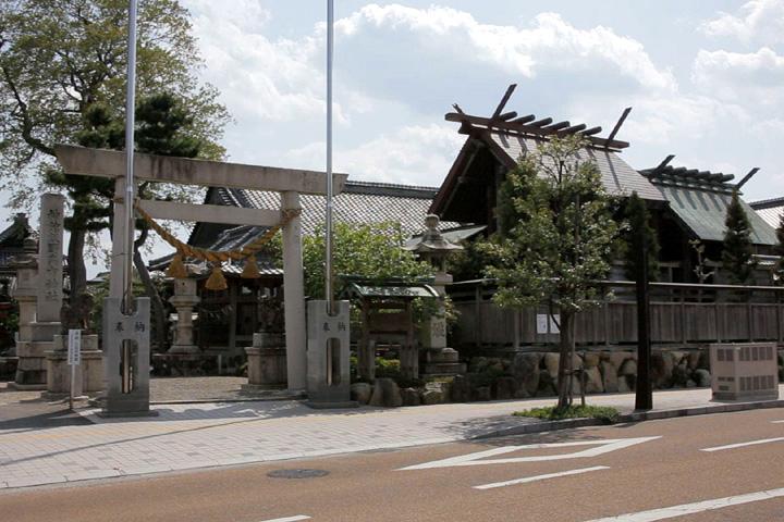 神戸(かんべ)宗社