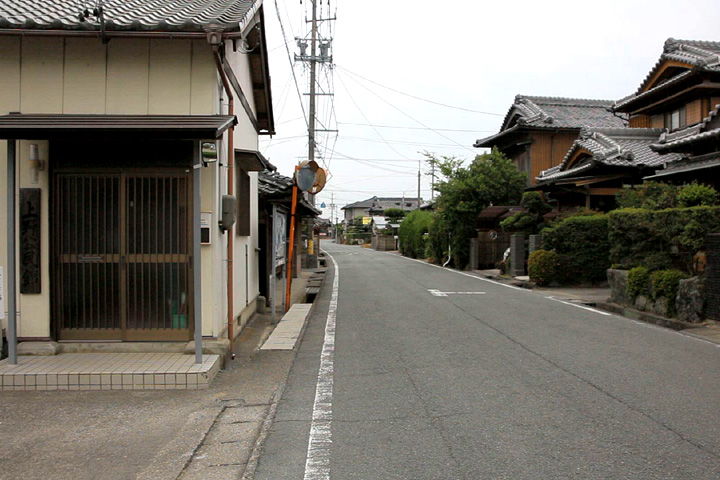 上野を行く街道