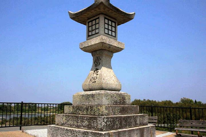 常夜灯 寛政12年(1800)建造