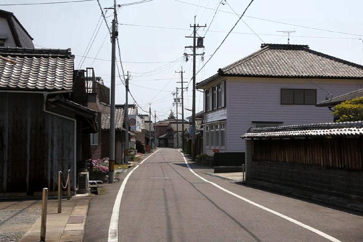 小野江町の町並み