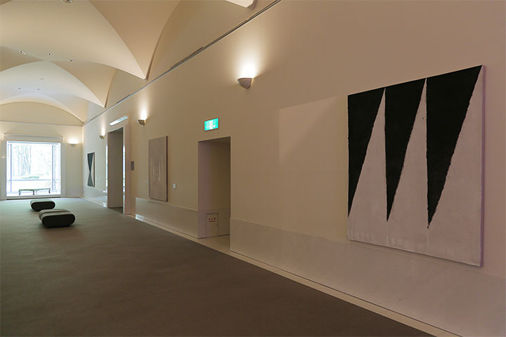 ハン・フェン《煙 Ⅱ》愛知県美術館10階