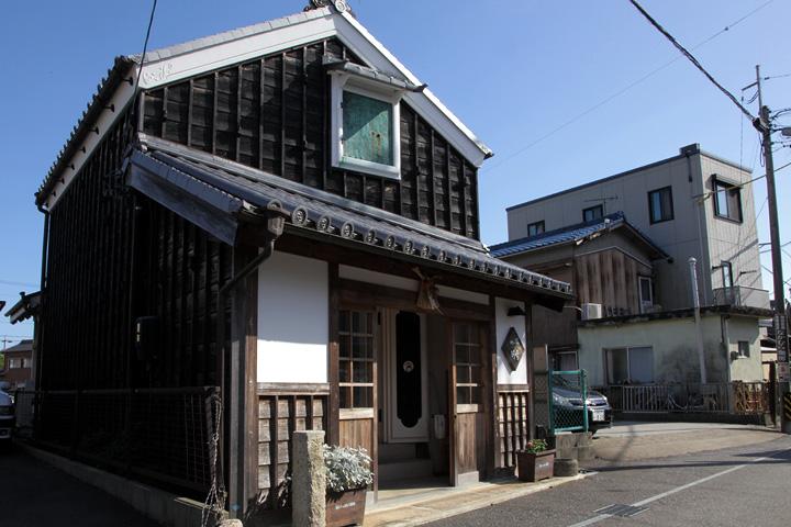 河崎川の駅 河崎と神社港を結ぶ和船みずきの船着き場