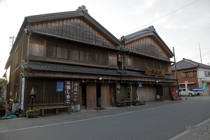 二見町茶屋地区は歴史的・文化的な趣きが色濃く残る