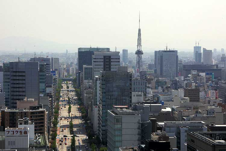 桜通とテレビ塔