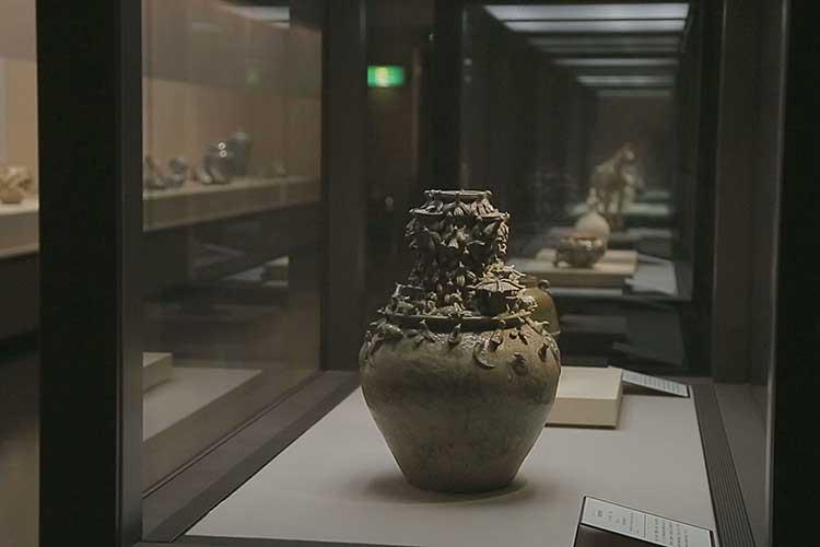 第4展示室-中国陶磁の常設展示