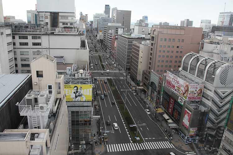 錦通(名古屋駅方向)