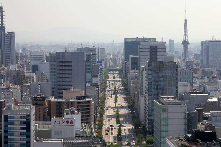 桜通(名古屋駅方向から撮影)